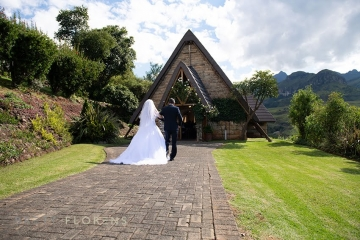 Cathedral Peak Hotel - Chapel - Future Bride