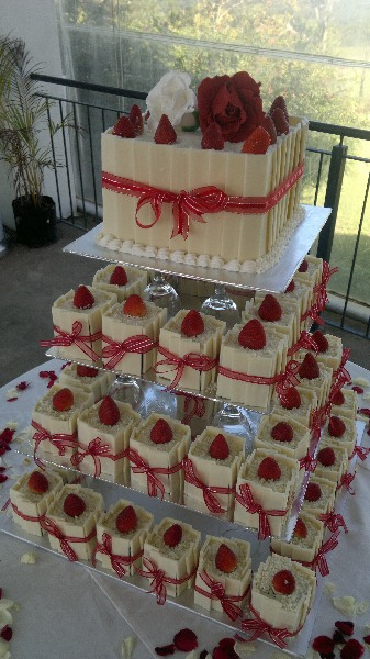 Cakes Devine - White Chocolate Wedding Cake 2